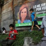 Former First Lady leads Guatemala polls